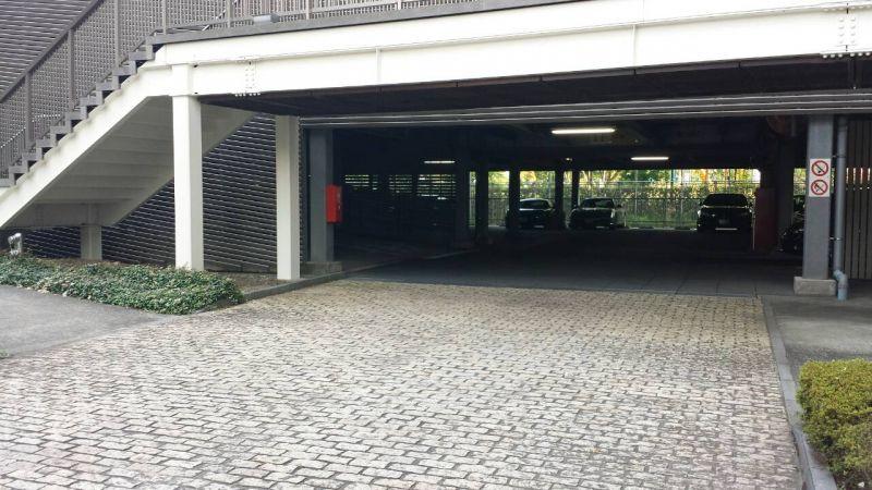 自走式の駐車場です